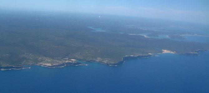 Flug via Sydney nach Melbourne